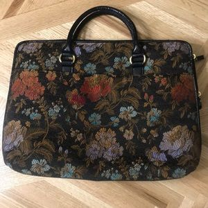 Gorgeous Vintage Style Bueno Tapestry Laptop Bag
